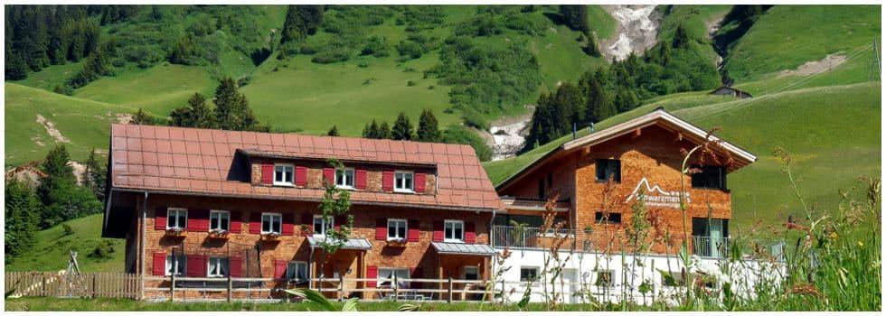 Sommerurlaub in Schröcken am Arlberg | Schwarzmann's Ferienwohnungen | Bregenzerwald Card inklusive